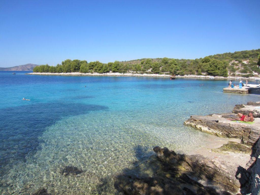 bezauberdne Bucht im Okrug Gornji Hafen